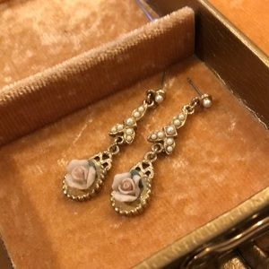 Vintage Gold/Pearl Rose Dangle Earrings